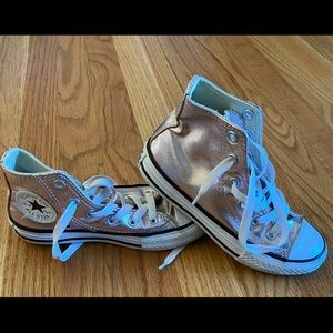 Converse sz 12 girls high tops